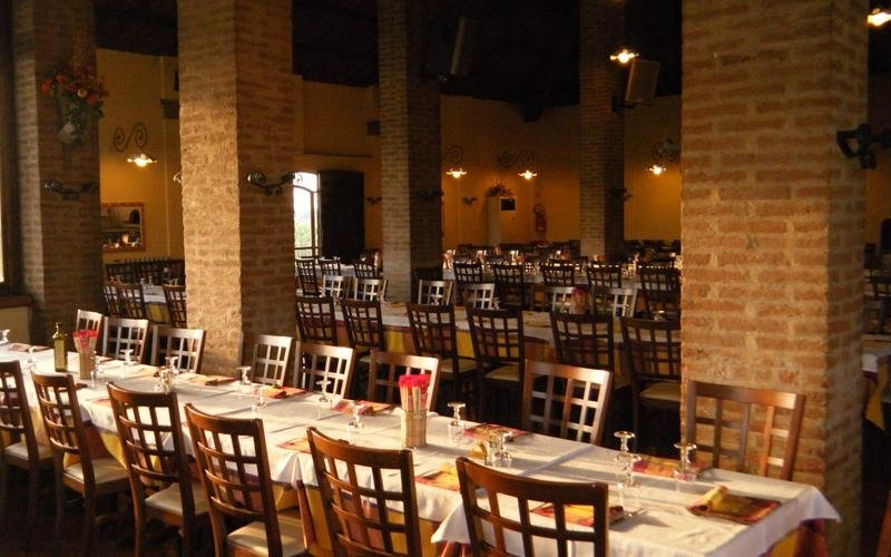 Tavoli a schiera - Ristorante LA STALLA