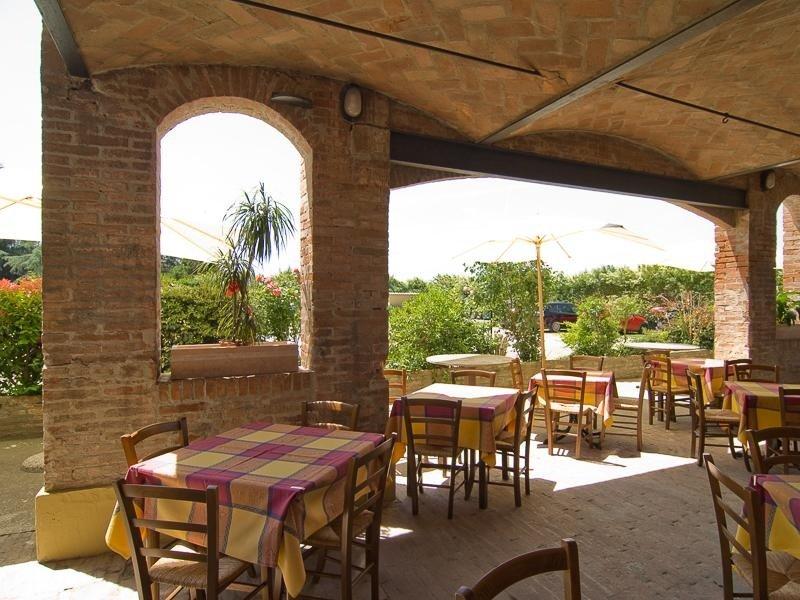 Patio esterno Ristorante Pizzeria LA STALLA - Ferrara