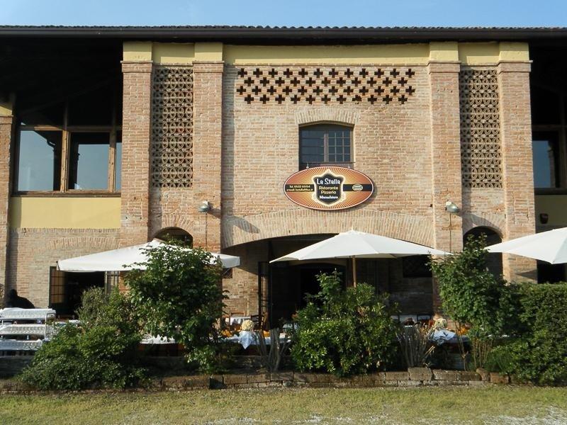 Outdoor area - LA STALLA Ferrara