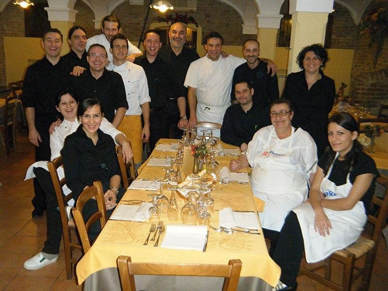 Staff pizzeria - Ristorante pizzeria LA STALLA