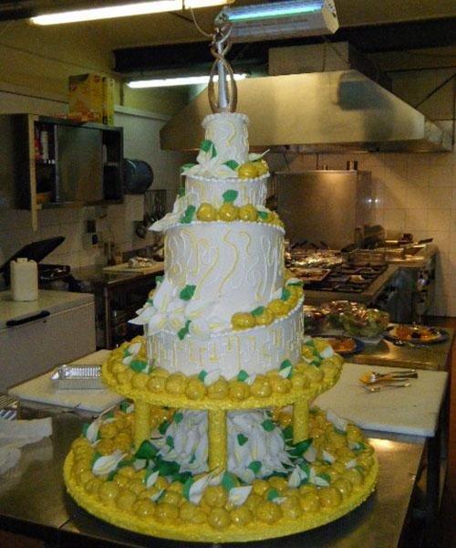 Topping torta nuziale - Ristorante Pizzeria LA STALLA