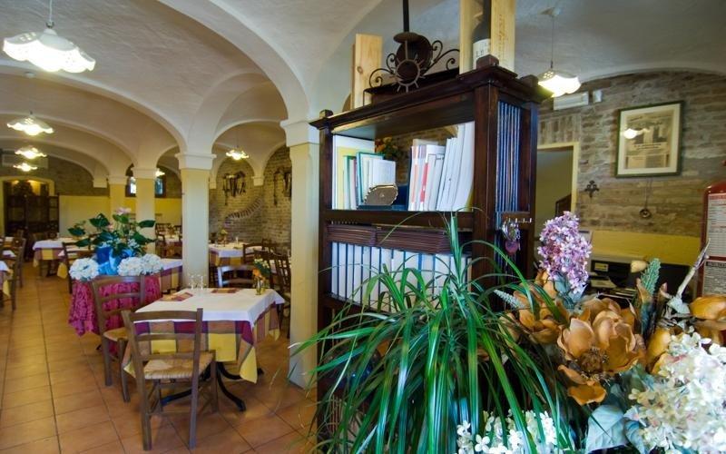 Interior - Pizzeria LA STALLA