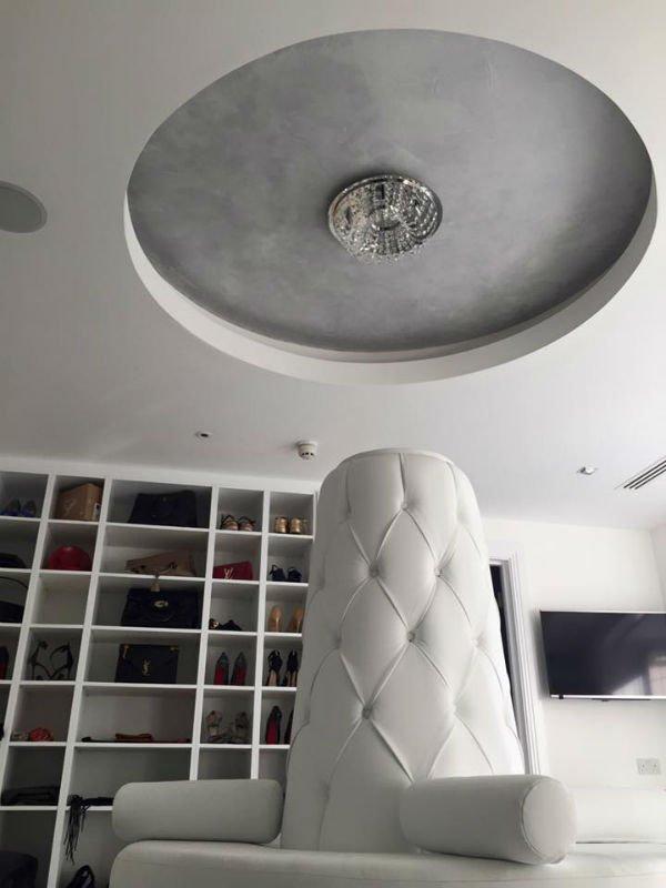 venetian plastery minimalist office