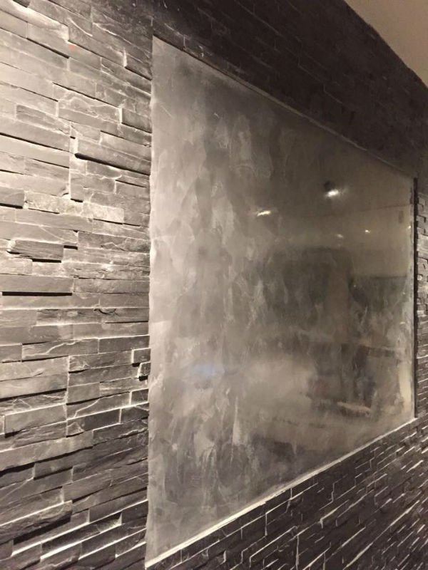 venetian plastery grey chrome wall