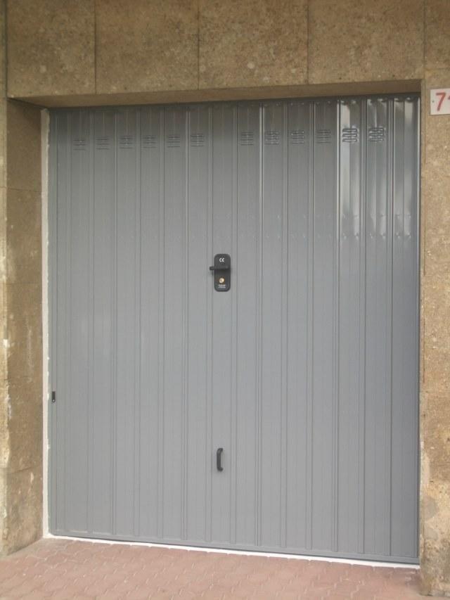 Porte basculanti box ral 7001 genova
