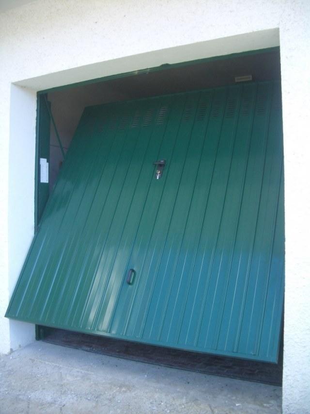 Porte basculanti box verde genova