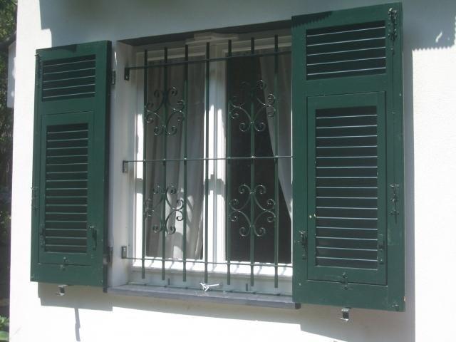 Lavorazione grate per finestre Genova