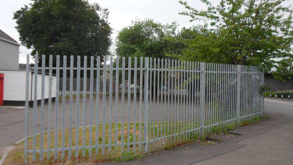 Fencing work