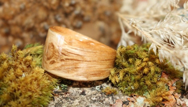 Vimy Oak Rings from Touch Wood Rings