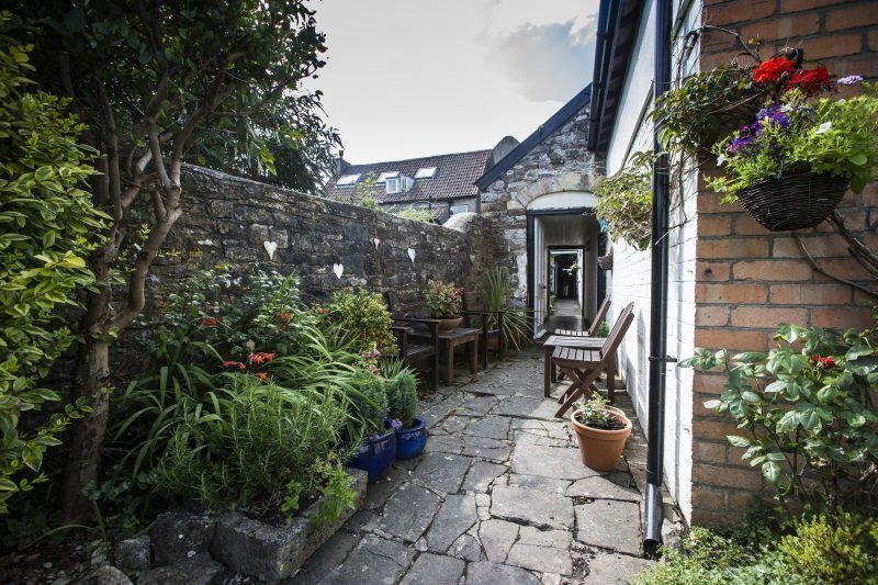 The Moda House B&B Garden Chipping Sodbury, Bristol