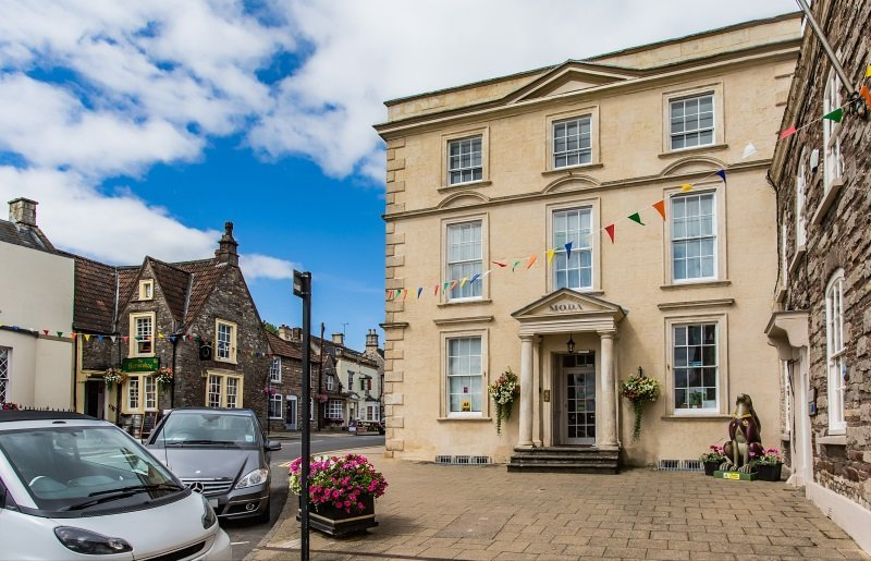 The Moda House Bed & Breakfast Chipping Sodbury, Bristol