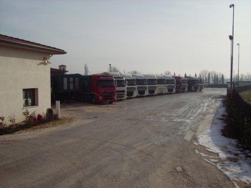 Dalla sua sede nel bresciano, Autotrasporti F.lli Baldi opera in tutto il Nord Italia.