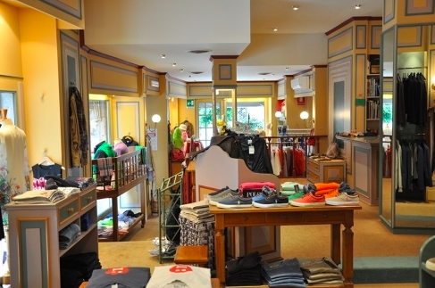 vendita abiti da donna