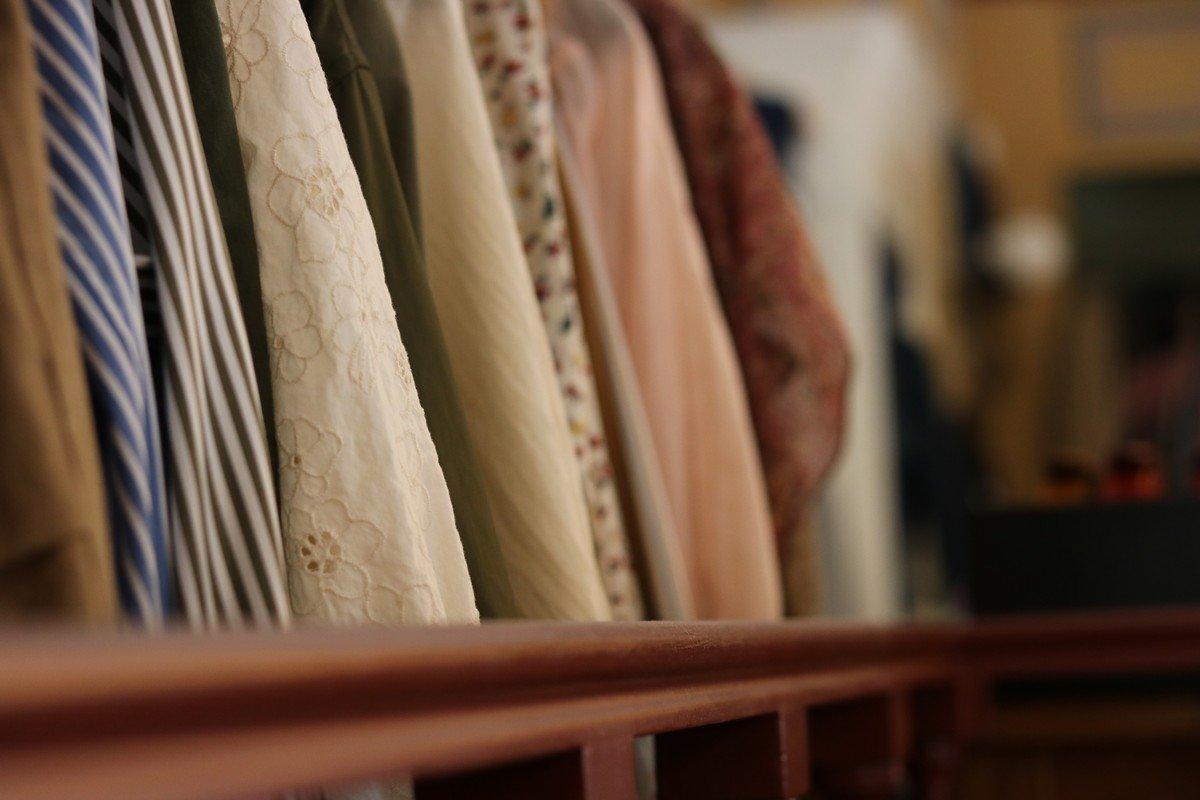 dettaglio abiti esposti