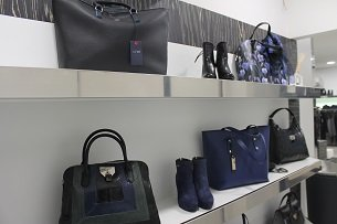 Borse e accessori alla boutique Franca