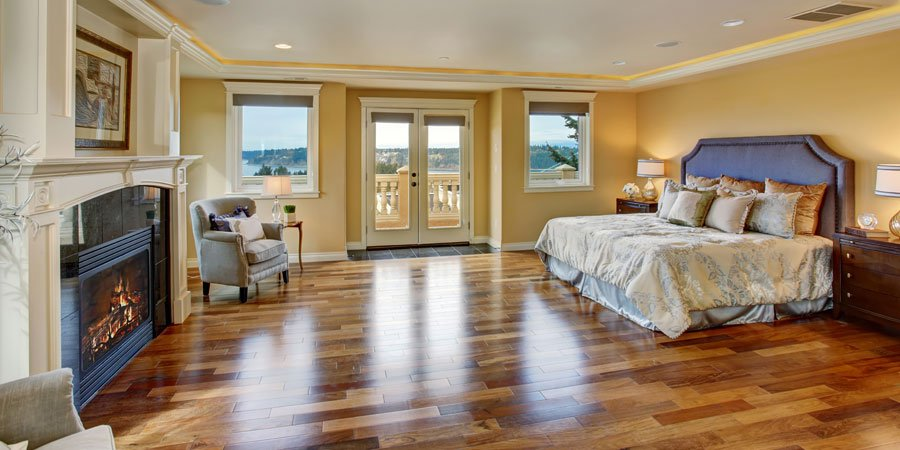 Large room with hardwood floor