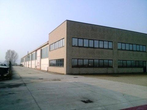 Capannone industriale in vendita