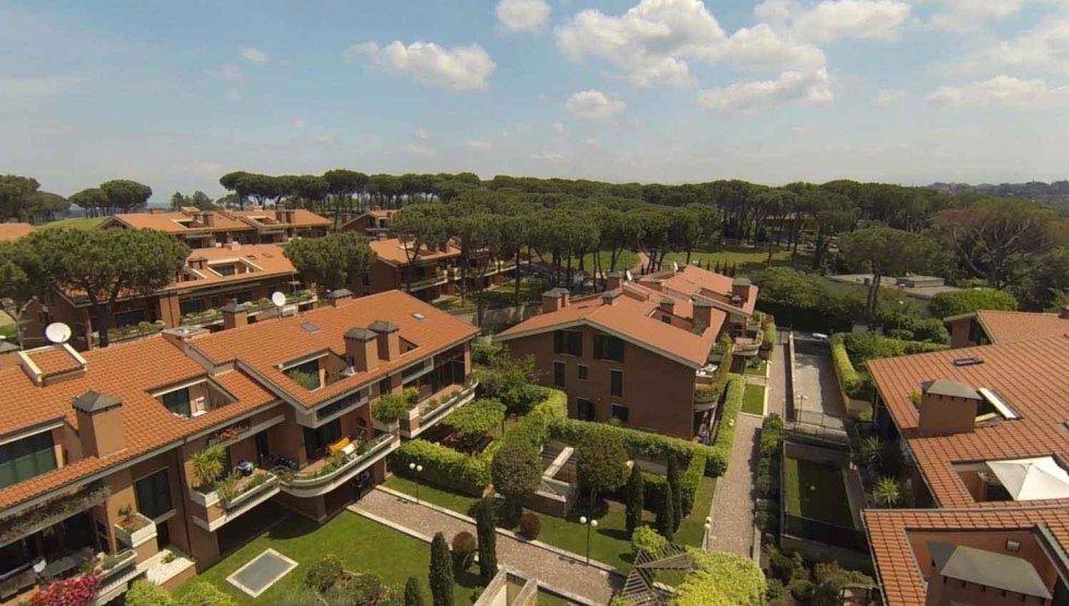 complesso residenziale Roma nord Pini di Roma