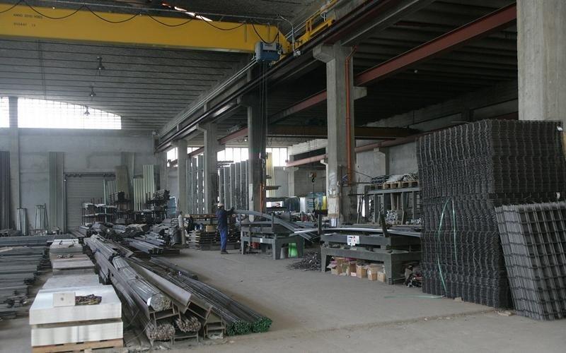 Centro lavorazione ferro lavagna