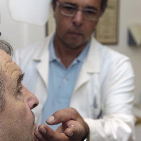 esami della vista, visite per prescrizione occhiali, lenti cosmetiche