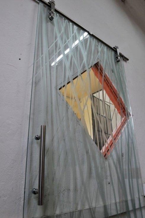 porta con decorazioni