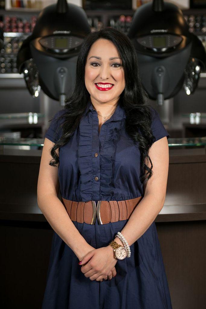Dall Hair Salon - Houston, TX - Monica Figueroa