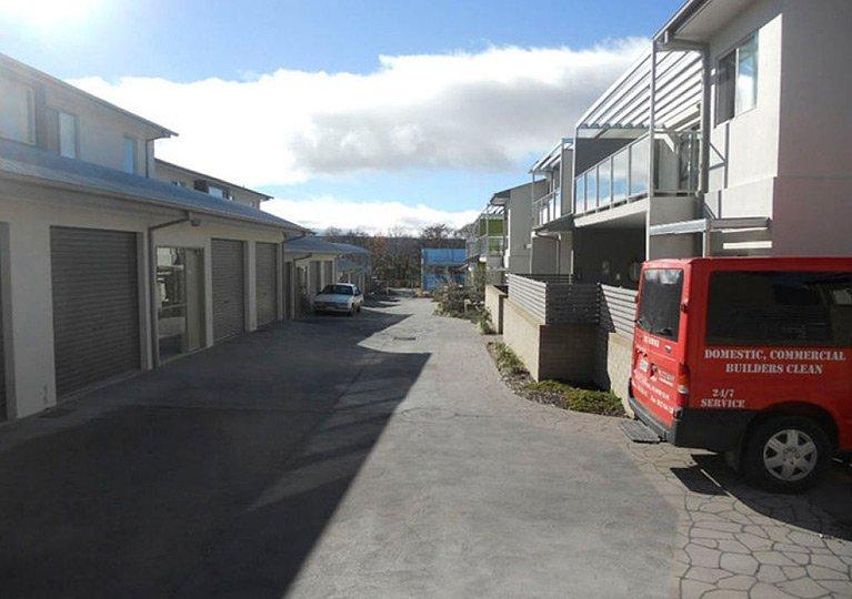 townhouse driveway