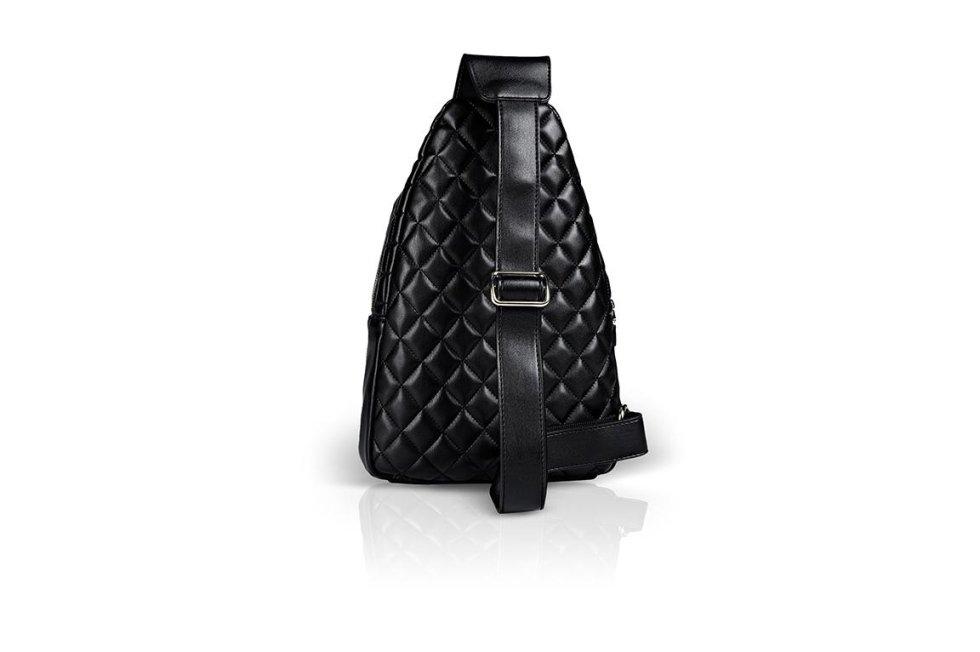 Bags Moschino stock