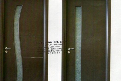 porte in legno stile moderno