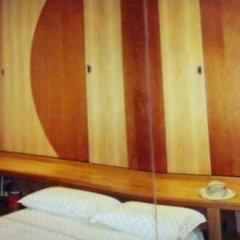 camera da letto, armadio a soppalco