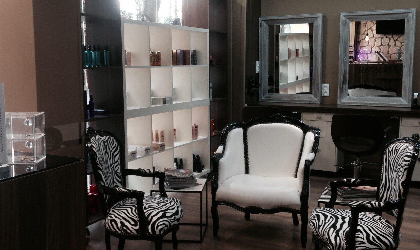Produits de soin et de coiffage au salon Attitude Coiffure à Rueil Malmaison