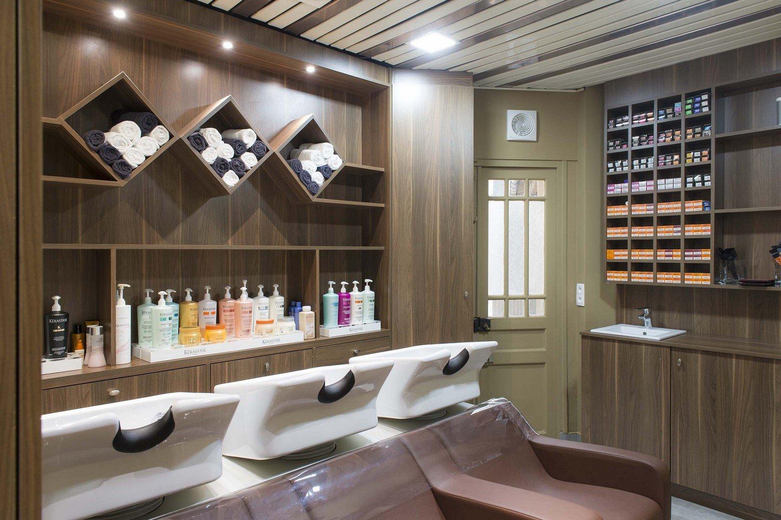 Salon Attitude Coiffure Rueil Malmaison shampooing