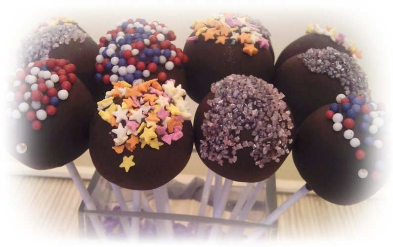 lollipop chocolate cakes