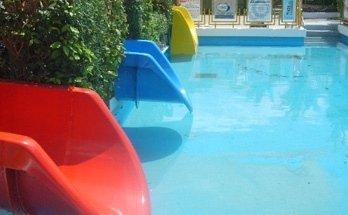 vendita materiali rivestimenti giochi per piscina