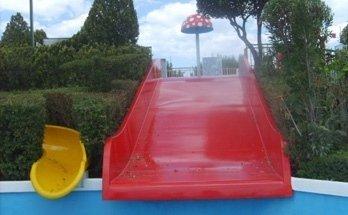 vendita materiali rivestimenti giochi per piscina salerno