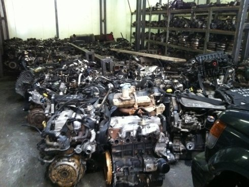 motori auto completi recuperati