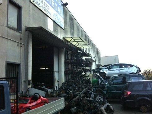 smaltimento carcasse carrozzeria