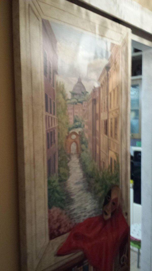 Decorazione ambienti, pittura su porta scorrevole