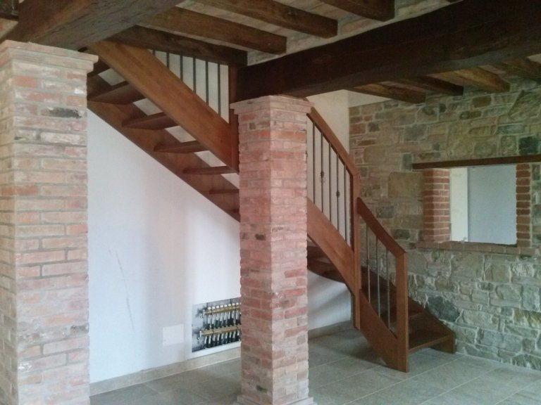 scala in legno