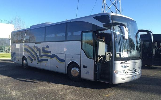 Noleggio di bus con autista
