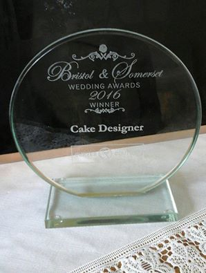 Pretty Amazing Cakes wedding cake designer of the year 2015 and 2016