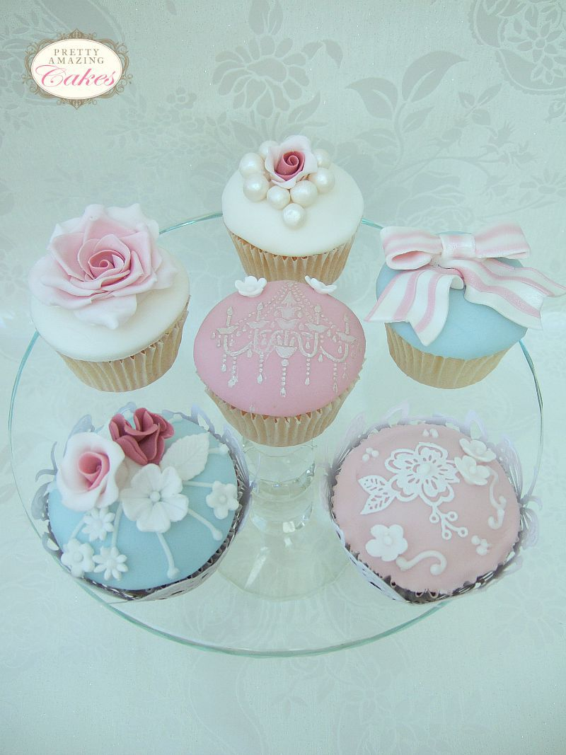 Vintage styled cupcakes Bristol by Pretty Amazing Cakes