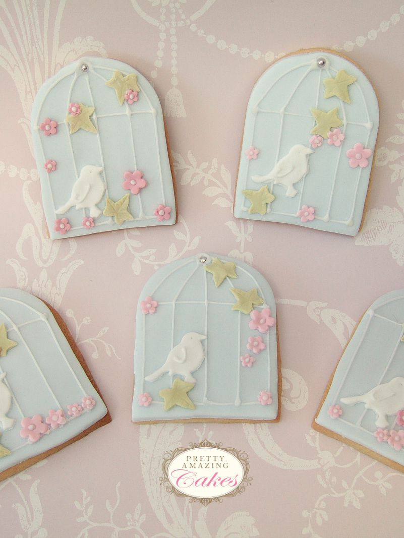 Birdcage Cookie Wedding Favours Bristol by Pretty Amazing Cakes