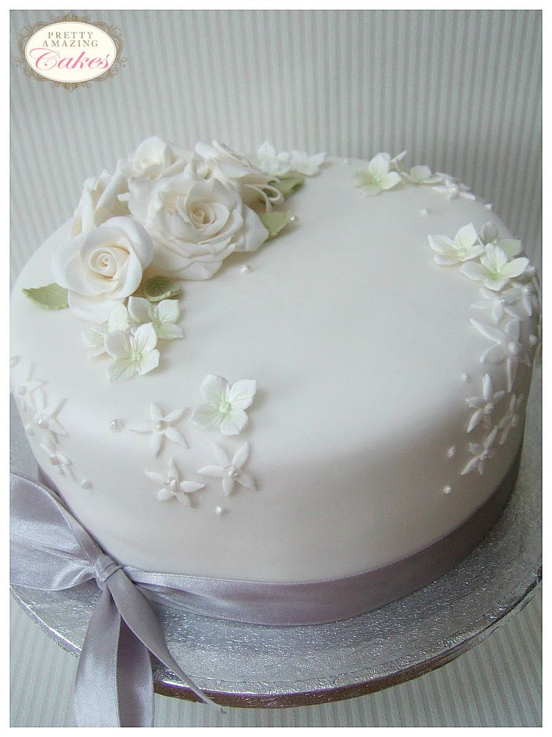 small wedding cakes bristol beautiful cakes for smaller weddings. Black Bedroom Furniture Sets. Home Design Ideas