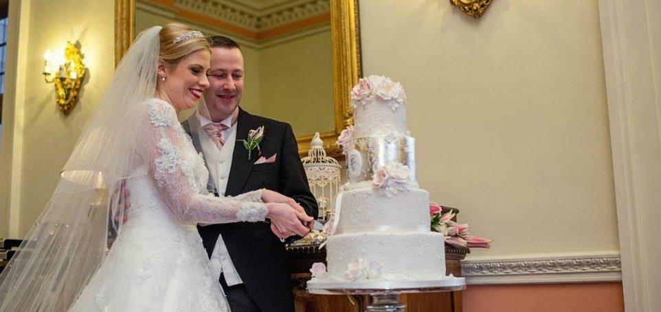 Beautiful wedding cakes Bristol, Gloucestershire, Cotswolds, Wales and Somerset at Pretty Amazing  Cakes award winning wedding cake designer