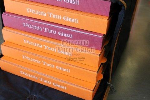 consegna pizza e pizza al taglio a domicilio (1).jpeg