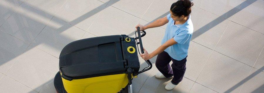 pulizie post cantiere, trattamenti antimacchia, lucidatura pavimenti e rivestimenti