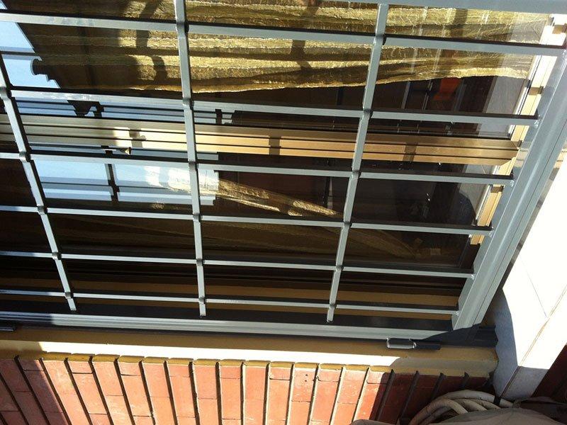 Palizzata di protezione per finestra in metallo nero