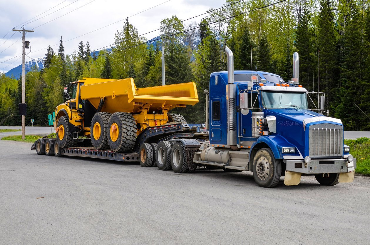 Image result for Trailers and Hauling Services istock