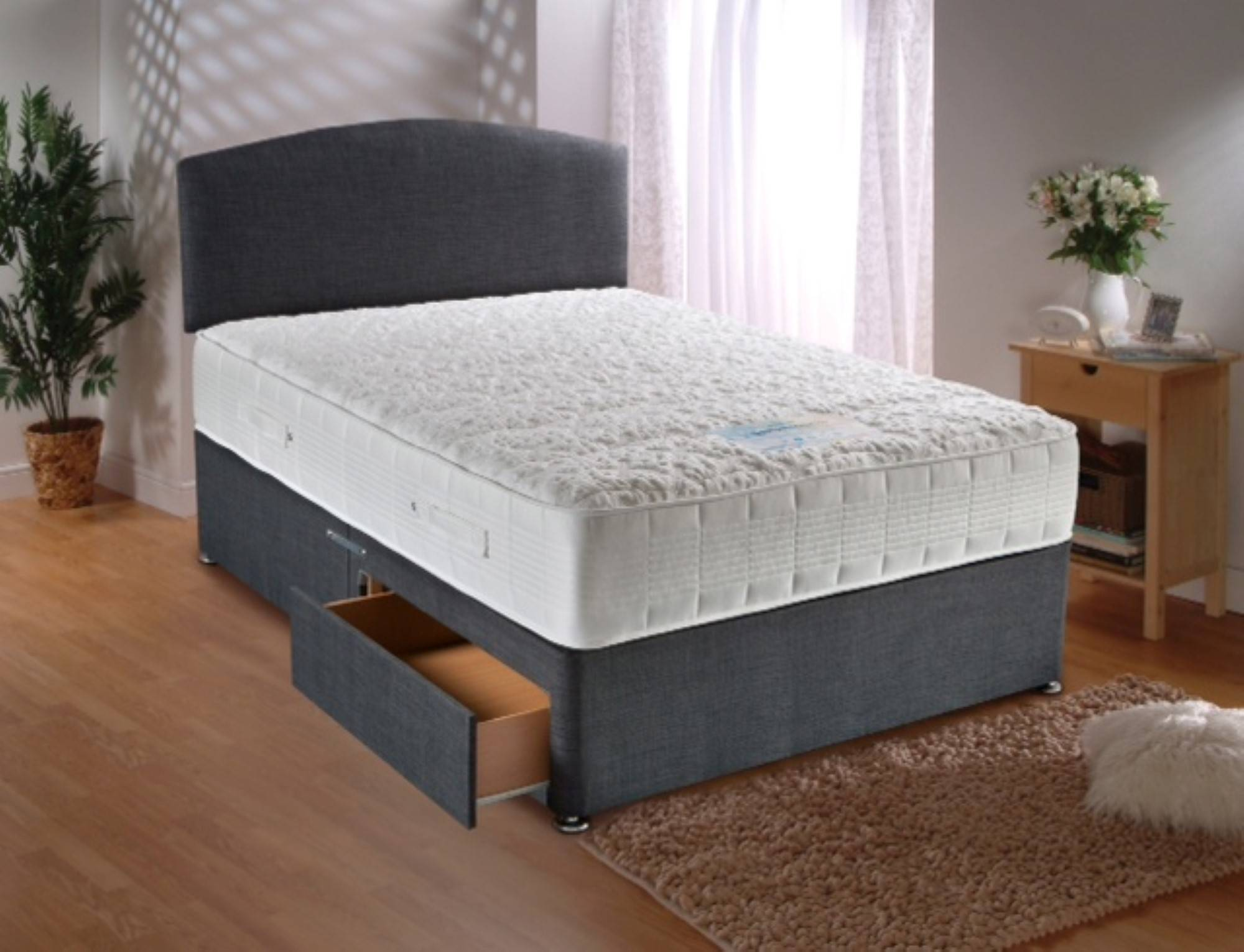 square quilted divan beds
